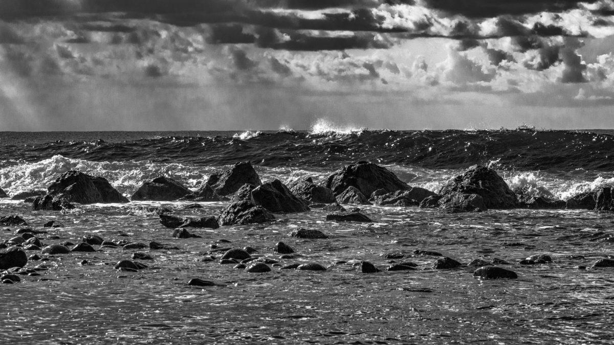 Mare di Sicilia: tormentato ed affascinante